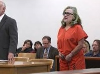 HILLARY IN JAIL 6