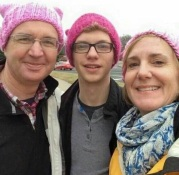 RED HEN PUSSY OWNERS