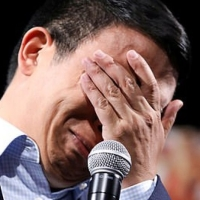 ANDREW YANG CRYING LIKE A BITCH AFTER THE 3AM CALL...