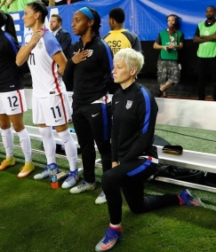 megan-rapinoe-kneeling-during-national-anthem BUT NOT CHINA