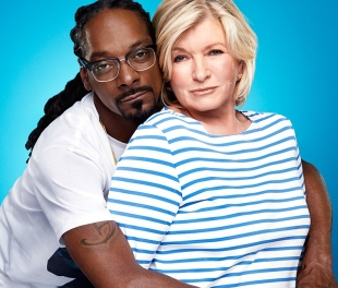SNOOP AND HIS FAT WHITE BITCH